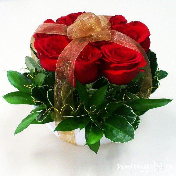 Rosas en base de cerámica