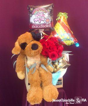 peluche, chocolates y globos con rosas