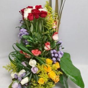 Canasta especial de rosas