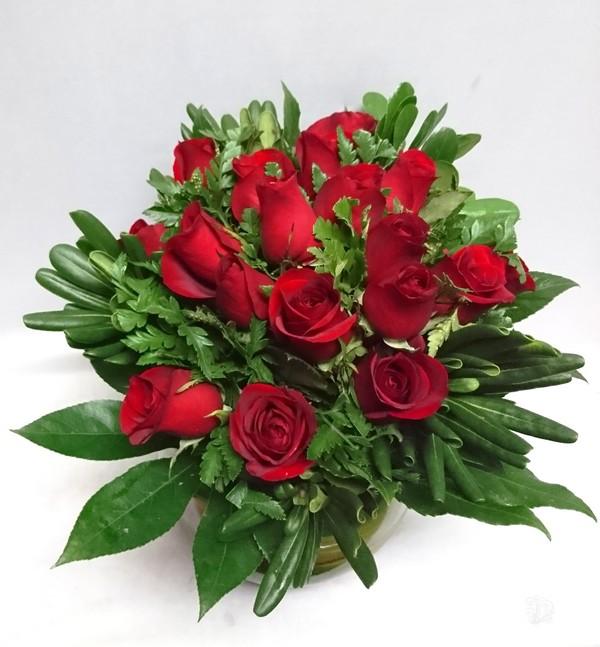 Ros2019 Pecera Con Rosas Diseno De Rosas En Pecera Con Follajes - Diseos-de-rosas