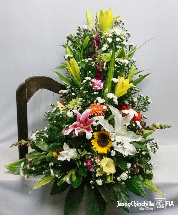 Arpa flores variadas