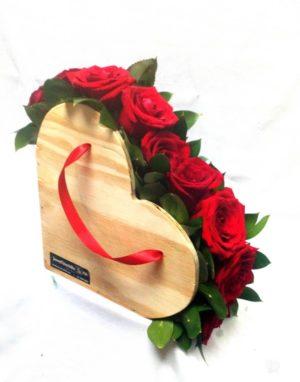 Corazón con Rosas