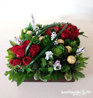 Suculentas y rosas